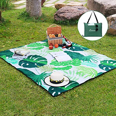 Perfect blanket for the beach
