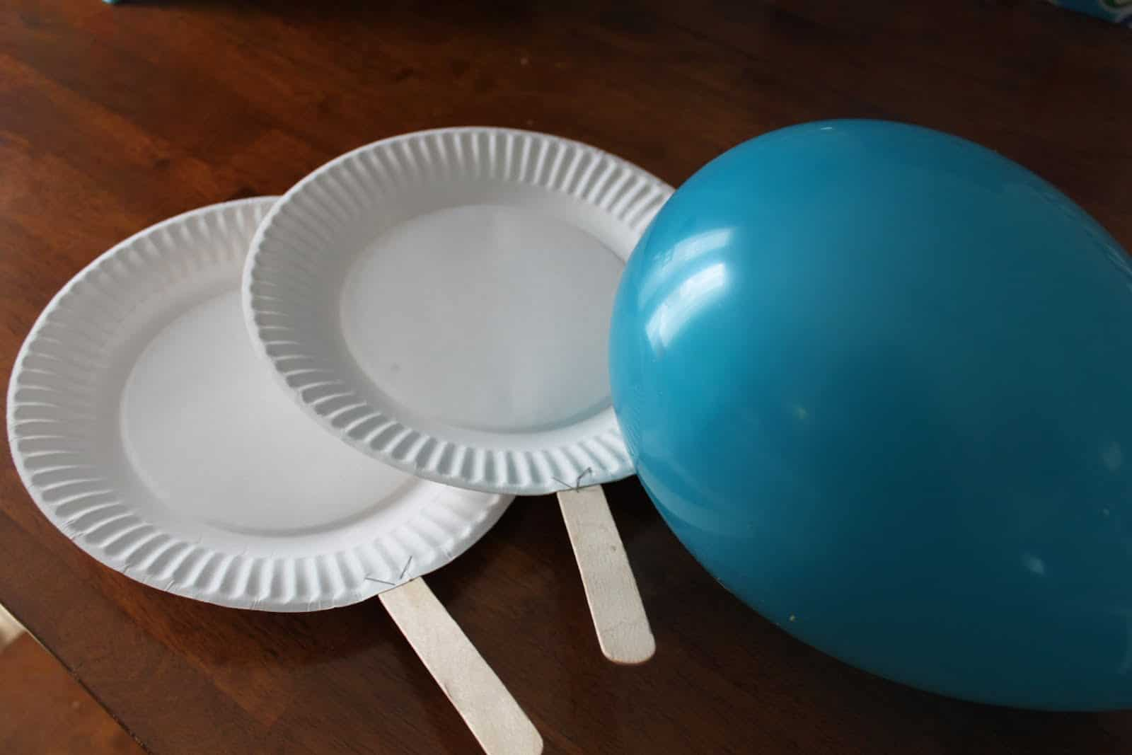 make your own balloon ping pong